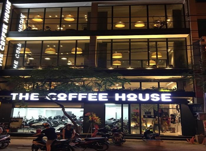 Cho thuê nhà phố Trần Duy Hưng, vị trí cực đắc địa.
