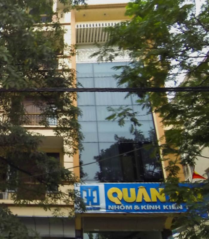 Cho thuê nhà phố Kim Mã, vị trí thuận lợi kinh doanh.