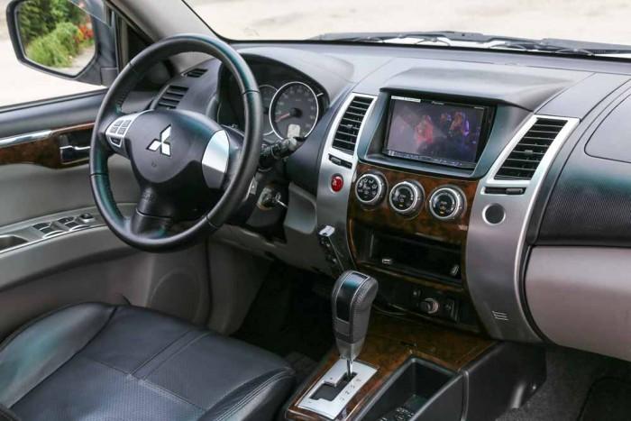 Mitsubishi Pajero Sport 3.OL 2012 5