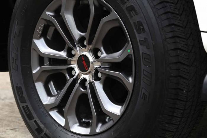 Toyota Fortuner Sportivo 2016 6