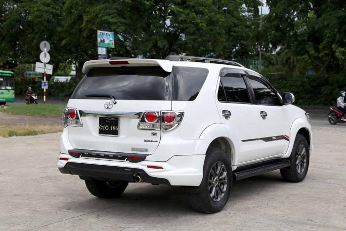 Toyota Fortuner Sportivo 2016 10