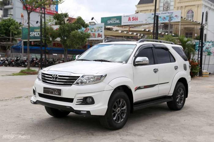 Toyota Fortuner Sportivo 2016 5
