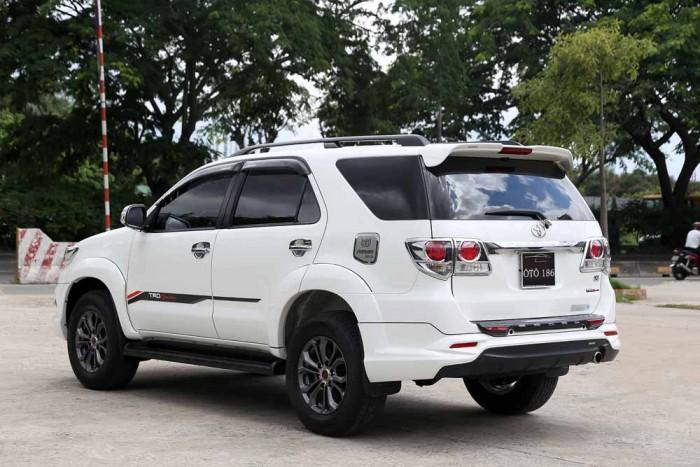 Toyota Fortuner Sportivo 2016 18