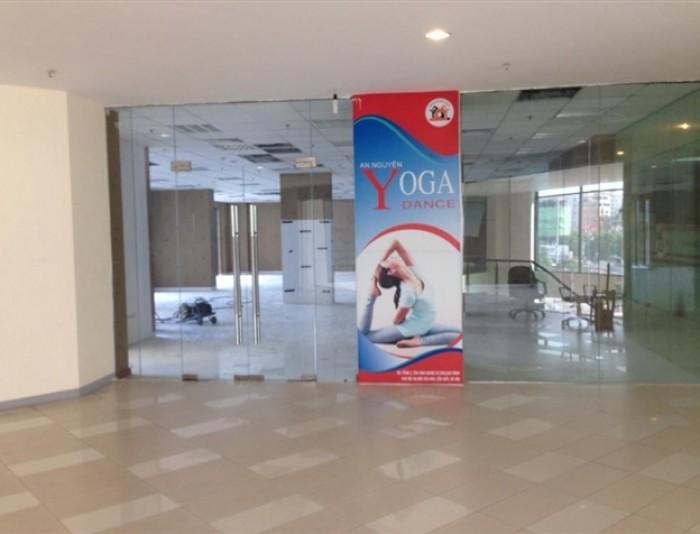 Cho thuê sàn thương mại T1 tòa CC 109 Nguyễn Phong Sắc, 450m2, hợp siêu thị, vp, nhà trẻ