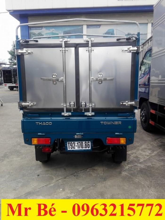 Cần bán TOWNER 800 thùng mui bạt 900 kg đời 2017