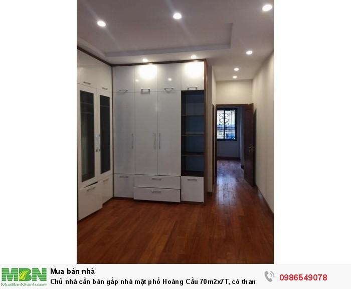 Chủ nhà cần bán gấp nhà mặt phố Hoàng Cầu 70m2x7T, có thang máy, kinh doanh sầm uất, 19.5 tỷ.