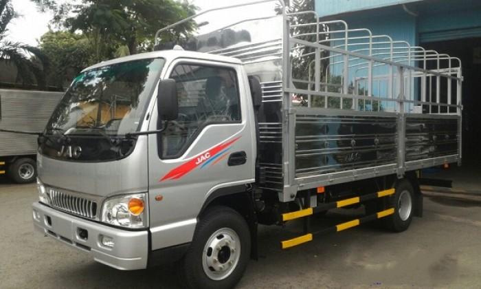 XE tải jac 2,4 tấn máy công nghệ izuzu nhật bản