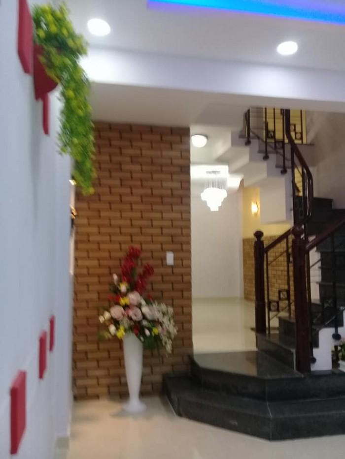 Bán nhà Huỳnh Văn Bánh, 60m2, 3 lầu, Phường 13, Phú Nhuận.
