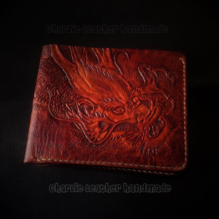 Chạm khắc hình rồng, hàng handmade có thể khắc lên nhiều chi tiết khác nhau theo nghệ thuốc Carving Leather American0