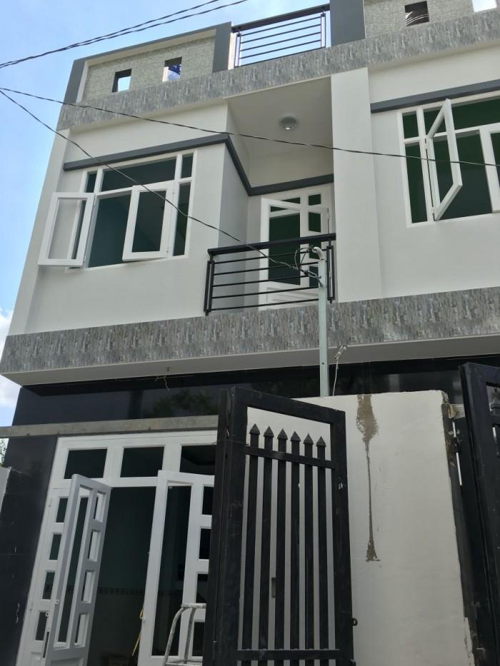 Nhà đúc kiên cố 1 tấm, ngay chợ Thạnh Xuân, nhà mới 100% giá 750tr