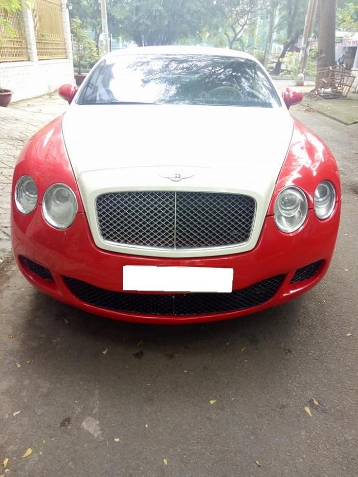 Kẹt tiền bán Siêu xe Bentley Continental GT Sport V12 tự động màu trắng đỏ