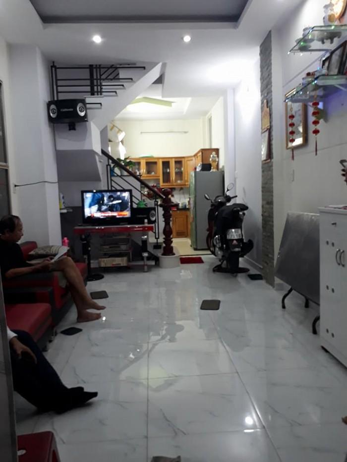 Bán nhà Phố Lê Văn Sỹ, 43m2, 5 phòng ngủ