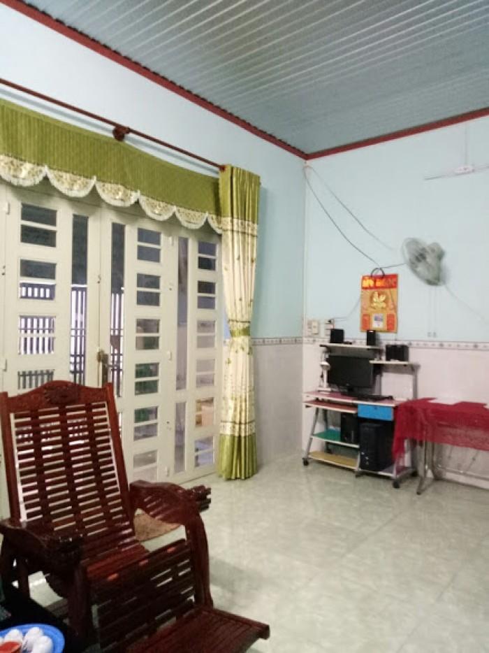 Bán nhà C4 mới xây, xã An Phước, ngay Cty Cự Thành. Sổ riêng, giá 950tr