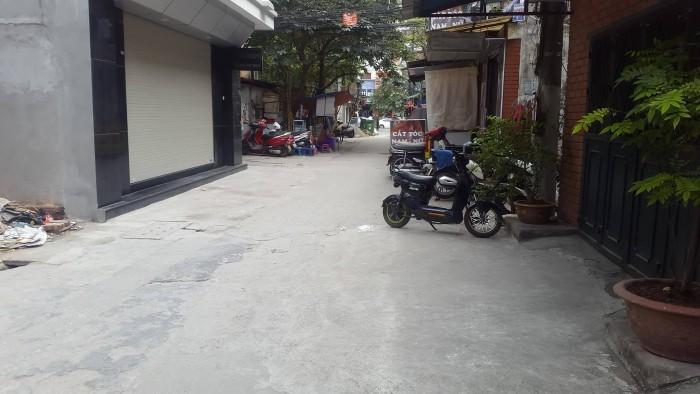 Bán nhà hẻm đẹp, lô góc Trần Duy Hưng  40m2x5, MT 5m.
