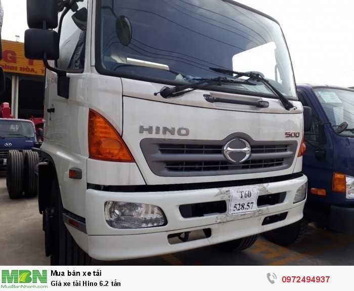 Giá xe tải Hino 6.2 tấn 2