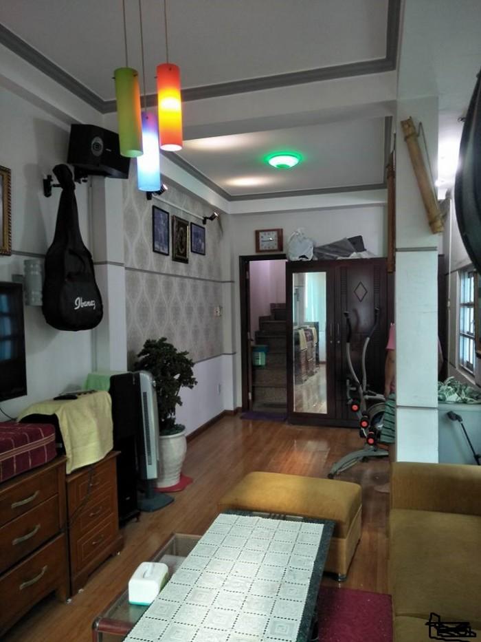Bán nhà HXH, 35m2 Đinh Tiên Hoàng, Bình Thạnh