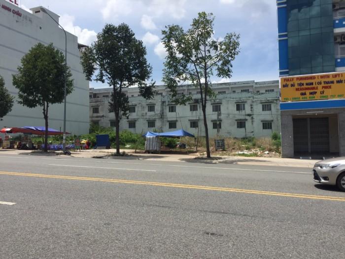 Chính chủ bán gấp lô đất thổ cư diện tích 12x25m ngay chợ, trường trung học