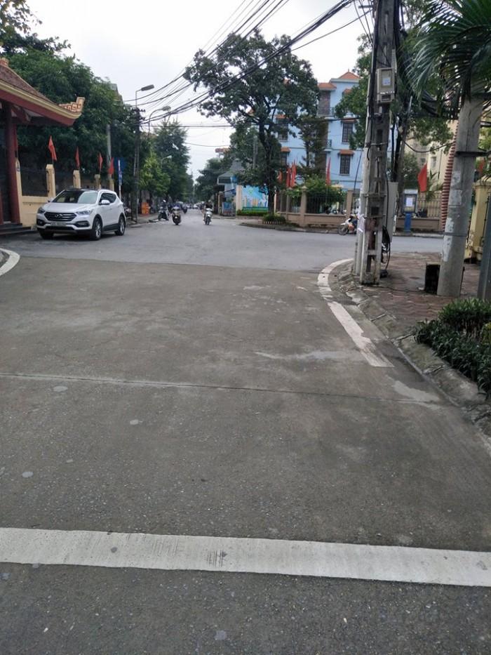 Bán đất mặt phố Thanh Đàm Thanh Trì Hoàng Mai Hà Nội Diện tích 85m2 nở hậu đẹp