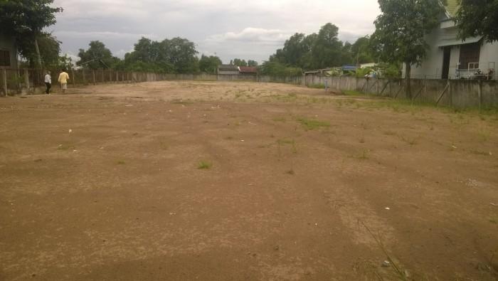 Cho thuê đất trống tại Hòa Bình, Lương Sơn 2700m2 làm kho bãi nhà xưởng