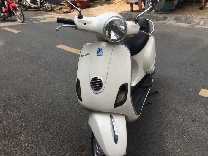 Piaggio Vespa LX 125cc mua 2011 sành điệu đẹp,rẻ