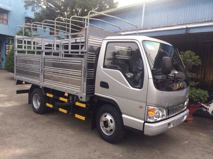 Xe tải nhẹ Jac 2t4, 2400kg thùng dài 3m720 ô tô Phú Mẫn 2