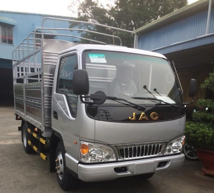 Xe tải nhẹ Jac 2t4, 2400kg thùng dài 3m720 ô...