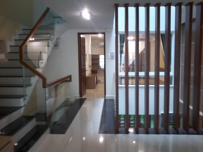 Hxh 8m nhà mới tô hiến thành 5x14m, 70m2, 4 tầng, 5 PN, 7.1 tỷ chính chủ tặng nội thất