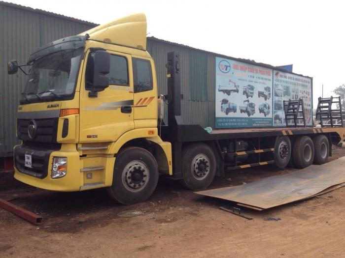 Xe phoc 5 chân nâng đầu chở máy xúc đào to Thaco Auman
