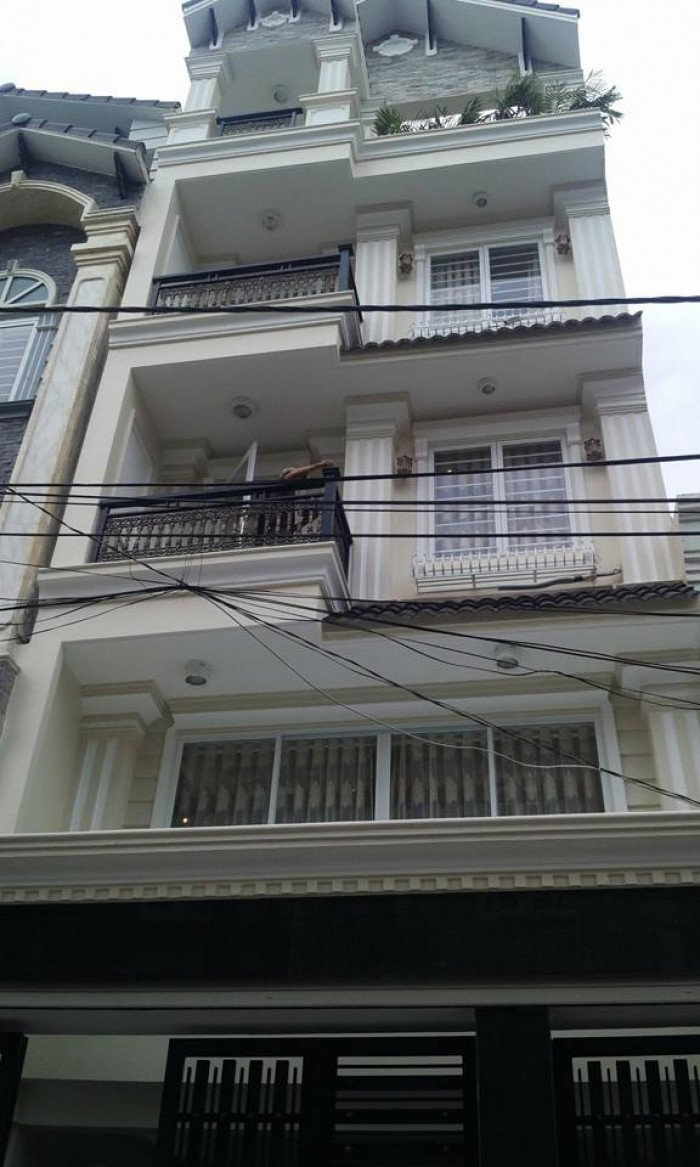 Nhà đẹp 4 lầu, 2 mặt tiền Phạm Viết Chánh, Nguyễn Cư Trinh, Q1. DT 4.8x12m