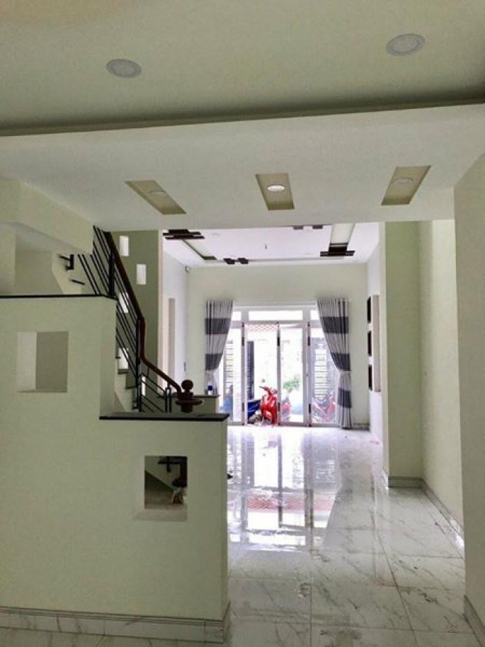 Bán nhà MT Lê Hồng Phong, Quận 10, 3,6x16m