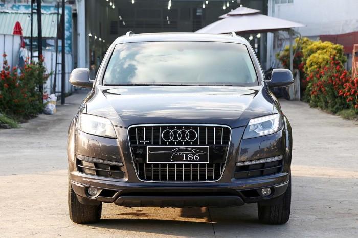 Audi Q7 3.6L Quattro Premium 6