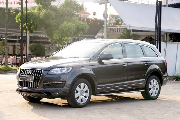Audi Q7 3.6L Quattro Premium 2