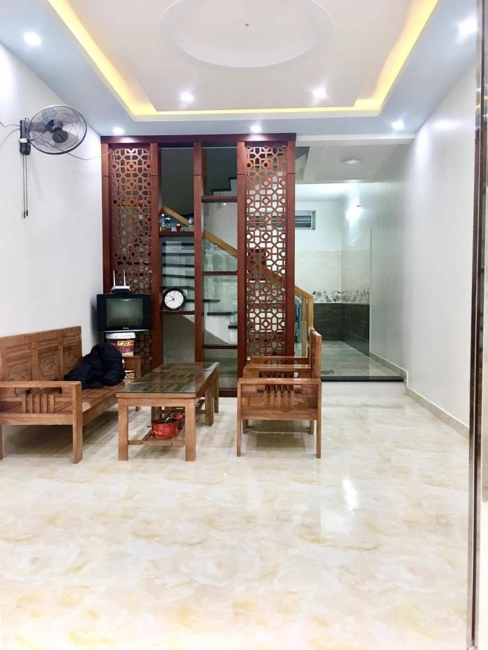 Bán nhà 4 tầng xây mới hiện đại ngõ 302 Văn Cao, oto đỗ cổng,Tây Bắc