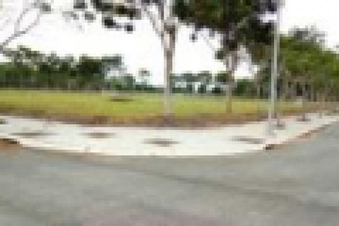 Cần bán rẻ đất thổ cư TP Mới, đối điện công viên, góc 2 mặt tiền
