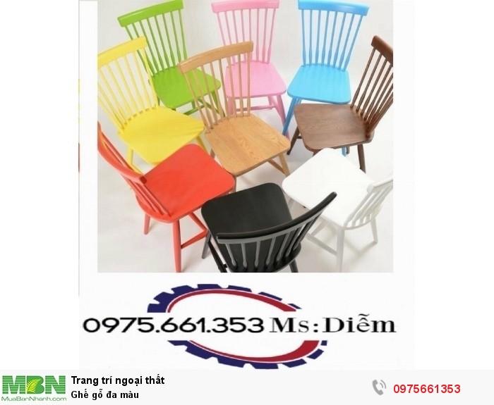 Ghế gỗ đa màu0