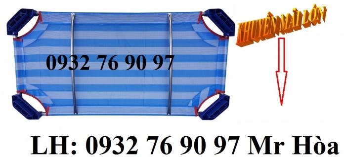 Giường ngủ mầm non vải lưới sọc xanh dương