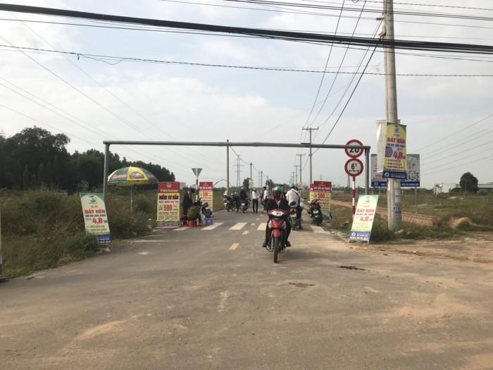Bán đất mặt tiền đường QL51, Cổng KCN Long Thành cách Sân Bay Long Thành 4km, trả góp 0% lãi suất