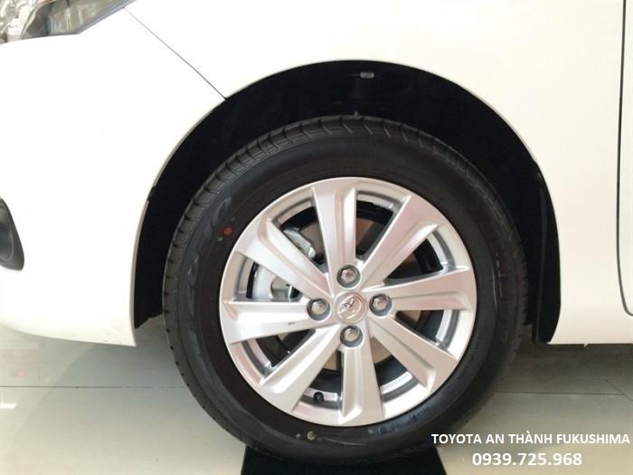 Liên hệ ngay Toyota An Thành Fukushima 100% Vốn Nhật Bản để được nhân viên kinh doanh tư vấn về giá cả, hỗ trợ trả góp, đăng kí thủ tục Grab, Uber.