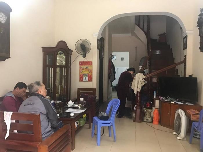 Bán nhà mặt phố Phạm Hồng Thái,Ba Đình 47m2 x 4 tầng, kinh doanh, 2 mặt thoáng