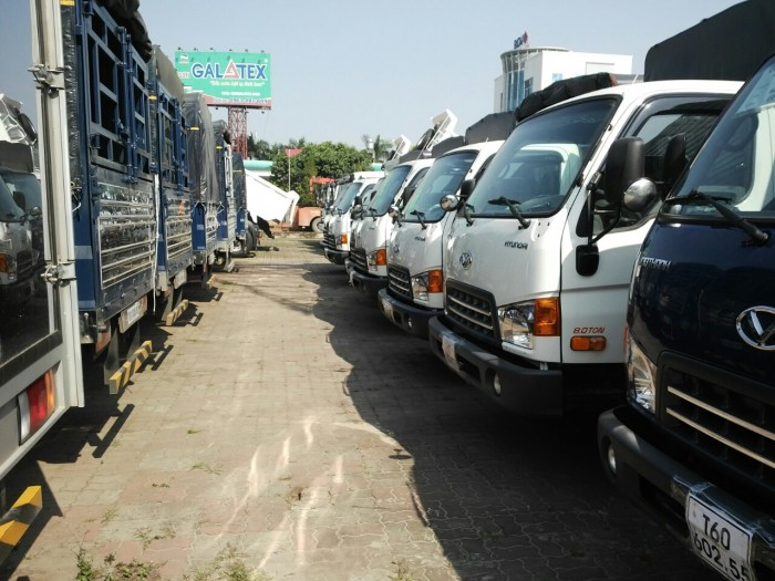Bán xe tải Hyundai HD120S 8 Tấn, chính hãng, mới 100%