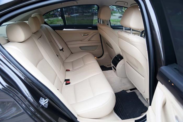 BMW 520i LCI model 2016 23