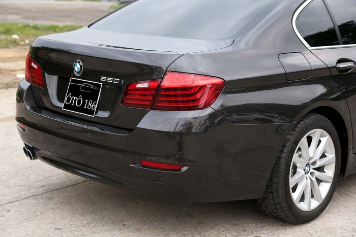 BMW 520i LCI model 2016 4