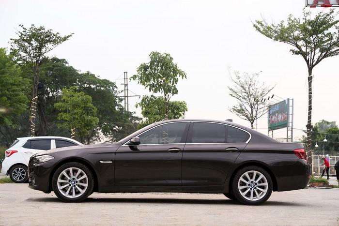 BMW 520i LCI model 2016 15