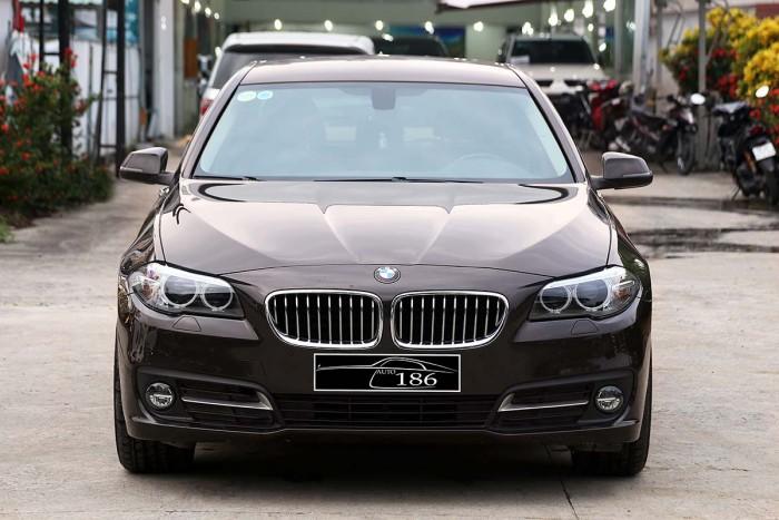 BMW 520i LCI model 2016 14