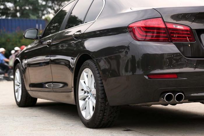 BMW 520i LCI model 2016 6