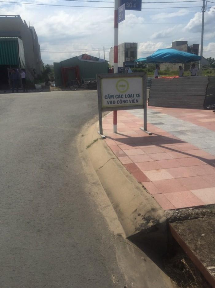 Bán đất ngay KDC 135- thị trấn Bến Lức- Long An