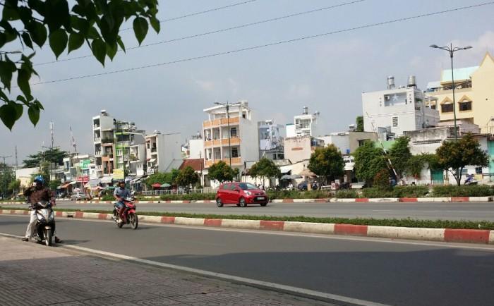 Bán nhà MT 10m Phạm Văn Đồng