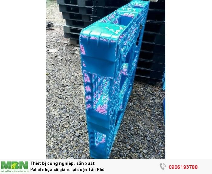 Pallet nhựa cũ tại quận Tân Phú. Tư vấn nhiệt tình gọi 0906193788 (24/24)