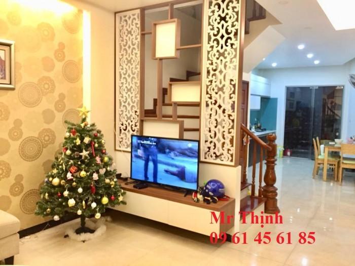 Hot: Nhà Vũ Tông Phan Phân Lô, Ô Tô Tránh, 38m, 5 Tầng