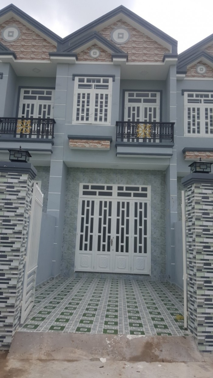 Cần tiền bán gấp nhà lầu đường QL50 gần cầu Ông Thìn